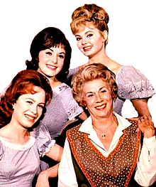 petticoatjunction_05